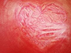6 september 2014. Ik was nog niet tevreden over schilderij Gescheurd hart maar wist even niet wat er mee moest. Tot het me ineens te binnen schoot: een laagje goud met medium. Vanmorgen ging ik aan de slag en ik moet zeggen: ik vind het een geslaagd experiment. Wordt vervolgd!