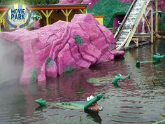 """Endlich hat der Park wieder geöffnet! Und die Krokodile von """"Dora's Big River Adventure"""" warten bereits auf die ersten Gäste"""