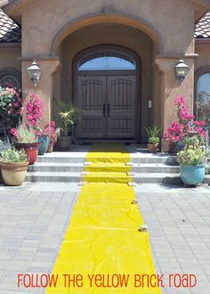 Follow the yellow brick road/Wizard of Oz party