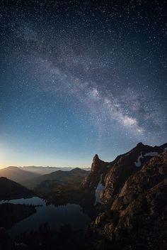 Milky Way over Minaret Lake / Sierra Nevada, California