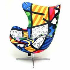 Fábrica de Poltronas Egg ou Cadeiras Egg de Arne Jacobsen - Romero Britto