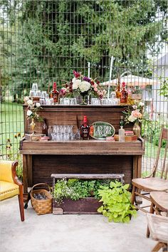 cute and classy cigar table for the groom and his men