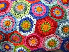 hexagon granny #crochet