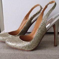HPGorgeous Badgley Mischka heels 3x Host Pick7/20, 8/26, 10/4sparkling slingback heels. In good condition. Glamorous showstoppers! Badgley Mischka Shoes Heels