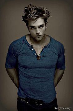 He's actually not bad in this one. Hot Actors, Actors & Actresses, Robert Pattinson Twilight, Edward Pattinson, Twilight Edward, Twilight Saga, Twilight Photos, Robert Douglas, New Girlfriend