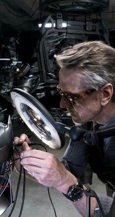 Jeremy Irons - Alfred Pennyworth (Batman v Superman: Dawn of Justice)