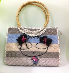 Welcome to my Handmade Handbags , bags, Purses, wristlets, diaper bags, and tote. made in thailand.My wife and I pround to present our handmade work.