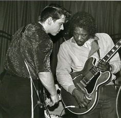 Jimmie Vaughan & Buddy Guy trying to decide if they should fire the drummer