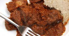 Tökéletes marhapörkölt recept   APRÓSÉF.HU - receptek képekkel Hungarian Cuisine, Hungarian Recipes, Hungarian Food, Beef Recipes, Cooking Recipes, Goulash, Beef Dishes, Wok, Delish