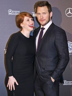 Star Tracks: Monday, June 1, 2015 | FANGIRL MOMENT | Bryce Dallas Howard and Chris Pratt joked around at the Jurassic World premiere in Paris on Friday.