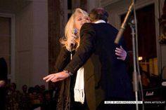 Bonnie Tyler & Robert Sullivan - 22 01 2009 Ball der Immobilienwirtschaft - Thanks Veronica Russia #bonnietyler #gaynorsullivan #gaynorhopkins #robertsullivan #thequeenbonnietyler #therockingqueen #rockingqueen #2009 #kiss #love