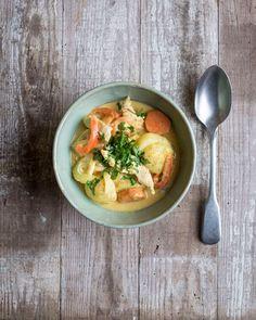 Gele curry met groenten en kalkoen |