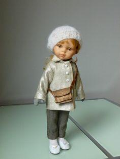 "Patron offert:; ""Manteau silver"" - http://p5.storage.canalblog.com/53/62/1073654/100387142.pdf"