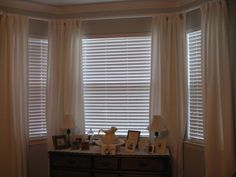 blinds and curtains for bay window