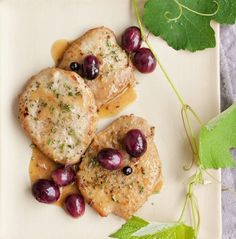 scaloppine all'uva rosmarino e ginepro