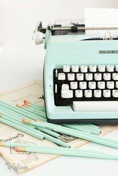 minty vintage typewriter