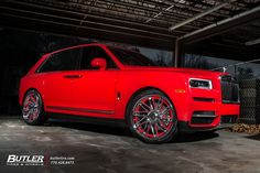 Rolls Royce Cullinan with Forgiato Tec Wheels exclusively from Butler Tires and Wheels in Atlanta, GA - Image Number 11331 Auto Rolls Royce, Voiture Rolls Royce, Rolls Royce Black, Audi, Porsche, Bmw, Classic Cars British, Best Classic Cars, Lamborghini