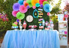 Alice in Wonderland, Mad Tea Party Birthday Party Ideas Mad Hatter Girl, Mad Hatter Party, Mad Hatter Tea, Mad Hatters, Tea Party Birthday, First Birthday Parties, Girl Birthday, First Birthdays, Birthday Table