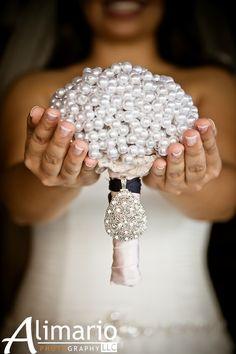 Pearl Bouquet - 14 Nontraditional Bridal Bouquets