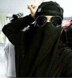 Street Hijab Fashion, Women's Fashion, Face Veil, Muslim Hijab, Niqab, Muslim Women, Food Photo, Oc, Photos