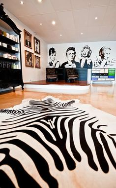 Kinky Curly Straight #salon, Australia. See more #salon interiors on www.salonmagazine.ca #decor #design