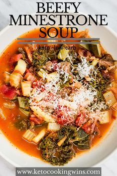 Rich, savory, and full of fibre, this keto-friendly Beefy Minestrone Soup is a fabulous one-pot dish for any meal. Low Carb Soup Recipes, Slow Cooker Recipes, Beef Recipes, Keto Soup, It's Easy, Soups And Stews, Veggies, Cooking
