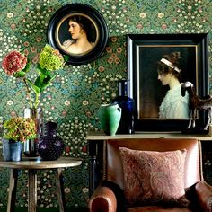 Living room with traditional William Morris wallpaper