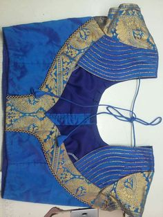 My Facebook page  >>>Påřīî Fåšhīøņ Bûțťįč <<< Chudi Neck Designs, Simple Blouse Designs, Stylish Blouse Design, Dress Neck Designs, Blouse Neck Models, Saree Blouse Neck Designs, Bridal Blouse Designs, Traditional Blouse Designs, Designer Blouse Patterns