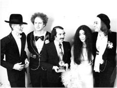 David, Art, Simon, yoko, John. David Bowie looks like he's ready to be placed in a casket. Must have been during his heavy cocaine days. Frightening!