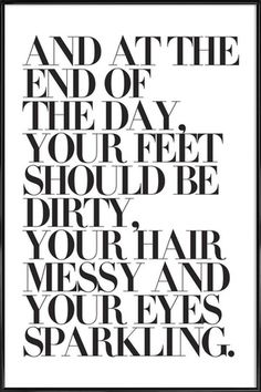 At The End Of The Day Your Feet Should Be - Honeymoon Hotel - Poster in kunststof lijst