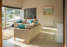 Riverport Retreat Goolwa Riverport Retreat offers accommodation in Goolwa. Guests benefit from terrace.  A flat-screen TV is offered. Other facilities at Riverport Retreat include a terrace.  Victor Harbor is 15 km from Riverport Retreat, while McLaren Vale is 39 km away.