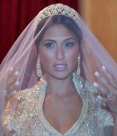 Moroccan Bride.. couronne, tenue