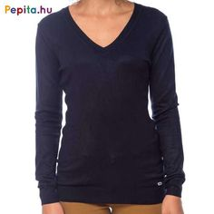 Női V-nyakú, vékony kötött pulóver, eleje alján kis márkajelzéssel. Anyaga: 75% viszkóz, 25% nylon. Méret: M Sweaters, Products, Fashion, Moda, Fashion Styles, Sweater, Fashion Illustrations, Gadget, Sweatshirts