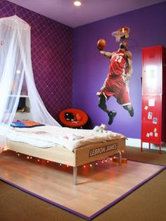 Like the locker idea and Lebron Mural next to net. Not sure what the little bed netting thing is for in a guys room!?