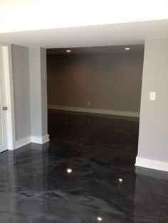 Grey Metallic Marble Epoxy Stained Basement in Cincinnati, Ohio. https://decorativeconcretekingdom.wufoo.com/forms/concrete-surface-and-design/