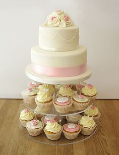 Pink and Cream Wedding Cake with Cupcakes by The Cakery Leamington Spa | www.thecakeryleamington.co.uk