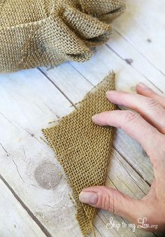 Burlap Wreath Tutorial | Skip To My Lou