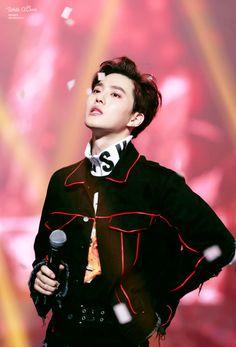 Suho - 170119 26th Seoul Music Awards