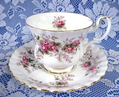 Tea Cup Royal Albert Lavender Rose English Bone China 1980s