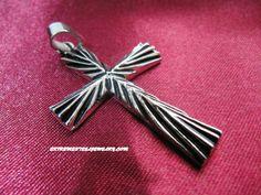 316L Stainless Steel Men's Cross Pendant with Center Burst Design