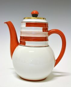 Coffee pot by Nora Gulbrandsen for Porsgrund Porselen. Production 1931-37. Model 1875 Decor 5328 Not her finest design in my opinion, I prefer it in the black and gold version.