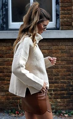 Sexy Winter Skirt Outfit Ideas (14)