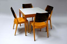 Karl Schwanzer: Table and 4 Chairs