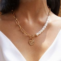 Coin Pendant Necklace, Pearl Choker Necklace, Collar Necklace, Pearl Pendant, Heart Shaped Necklace, Purple Necklace, Necklace Chain, Womens Jewelry Rings, Women Jewelry