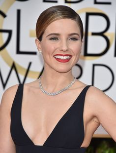 Sophia Bush beauty look at the #GoldenGlobes