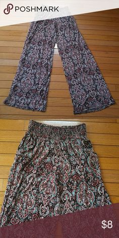 Hippie Pants Wide leg hippie pants, multi colored design with pockets (never worn) Pants Boot Cut & Flare