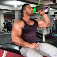 waderpeter:besimtrena:Hello everyone Here is a pic of mine today at the gym while i was drinking Hope you will all like it love it man