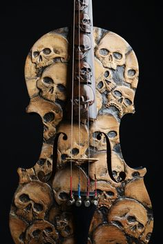 Dont even know how to play an instrument but would buy it because its a piece of art! Skull Violin carved skull violin memento mori by ArtistInFla Skull Rock, Skull Art, Arte Horror, Guitar Art, Skull And Bones, Skeleton Bones, Oeuvre D'art, Dark Art, Wood Art