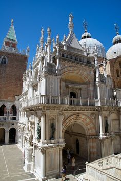 Foscari Arch Palazzo Ducale Venice Italy