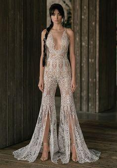 Wedding Dress Trends, Sexy Wedding Dresses, Bridal Dresses, Wedding Gowns, Lace Wedding, Wedding Hijab, Wedding Cakes, Wedding Ideas, Formal Dresses